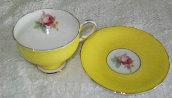 Sweet Yellow Teacup and Saucer with Roses-teacup,saucer,england,yellow,roses