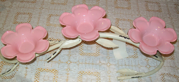 Sweet Pink Flowered Wrought Iron Candle Holder-tealight,holder,pink,flowers