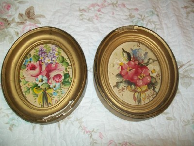 Set of Two Vintage Oil Paintings-painting,oil,roses,flowers,oval,vintage,chic,shabby,chippy